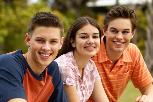 3 adolescentes